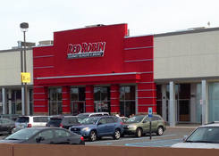 Paramus (Bergen Town Center East): Red Robin