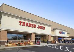 Millburn Gateway Center: Trader Joe's, PetSmart