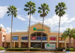 The Outlets at Montehiedra: Montehiedra Exterior Entrance